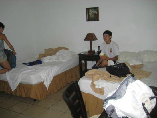 Hotel Mozonte: triple room