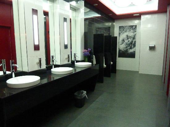 Hotel Riu Palace Peninsula Lobby Mens Toilet