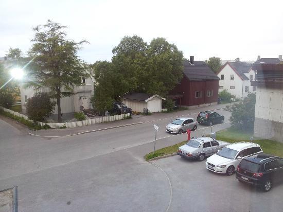 Zefyr Hotell: Utsikt fra rom - Små Parkering