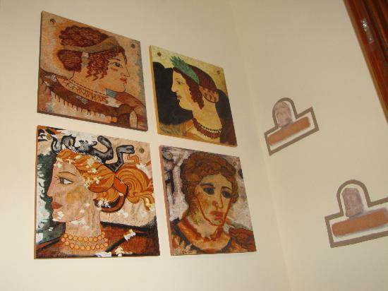 B&B Qui dormi l'Etrusco: Dipinto raffigurante le donne etrusche