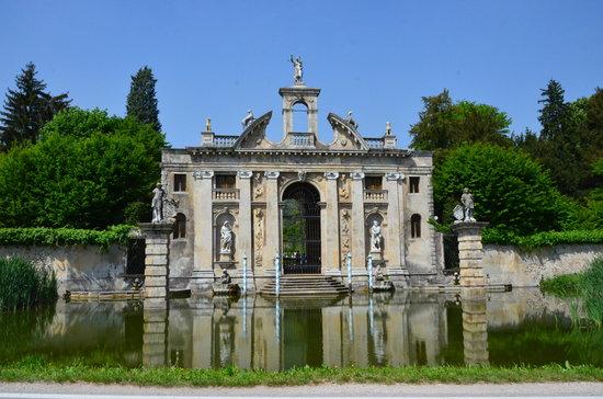 Galzignano Terme, Italia: dalla strada