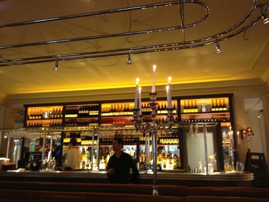 Brasserie Blanc: Art Deco Bar Area