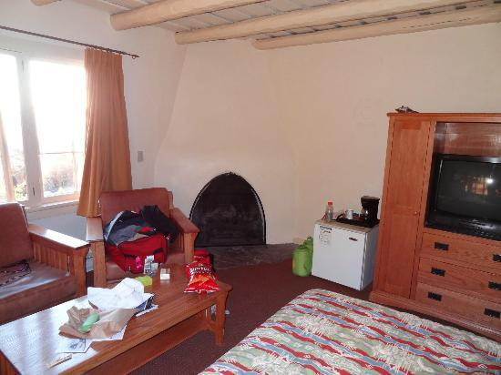 Bright Angel Lodge: Fireplace Cabin