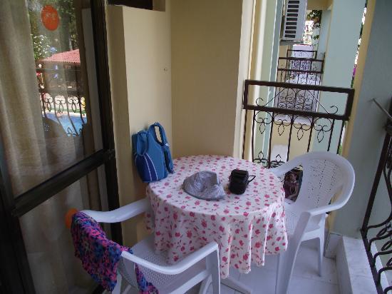 Oren Apart Hotel: balcony