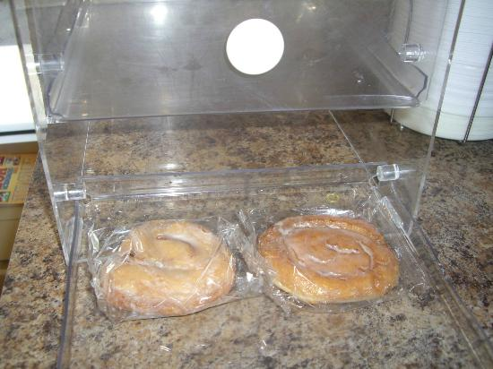 "Rodeway Inn: The ""so called"" continental breakfast"