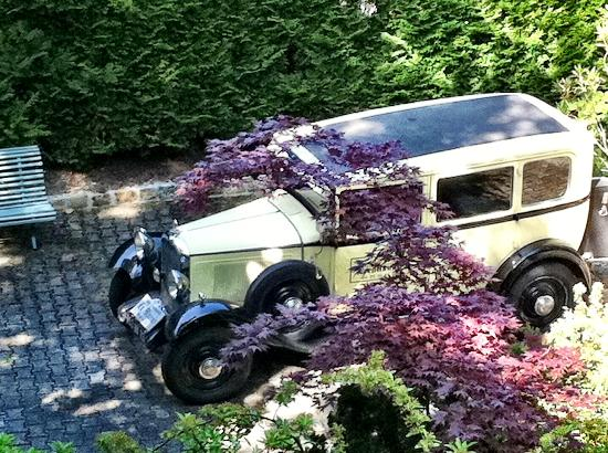view of the old citroen from our balcony. Black Bedroom Furniture Sets. Home Design Ideas