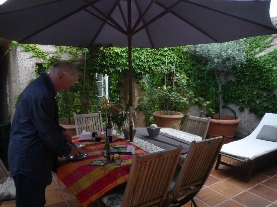 Hotel De Vigniamont: Sur la terrasse