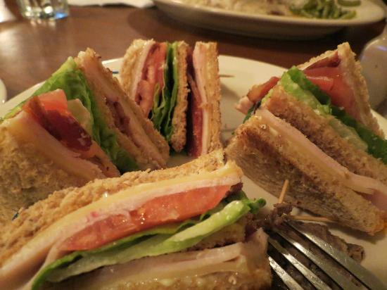 Country Inn & Suites By Carlson, Portland Airport: Club sandwich