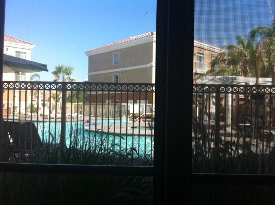 Homewood Suites by Hilton La Quinta: Poolside with a terrace. Nice! Hot, but Nice!
