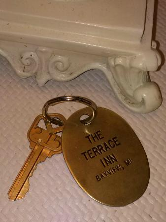 Terrace Inn and 1911 Restaurant: Room keys that actually turn locks, instead of cards that don't work!