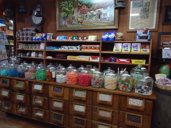 Betty's Country Store: Candy
