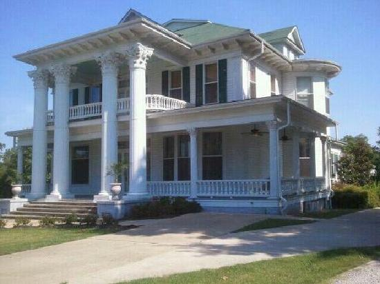 Herron House Bed and Breakfast : Herron House Exterior