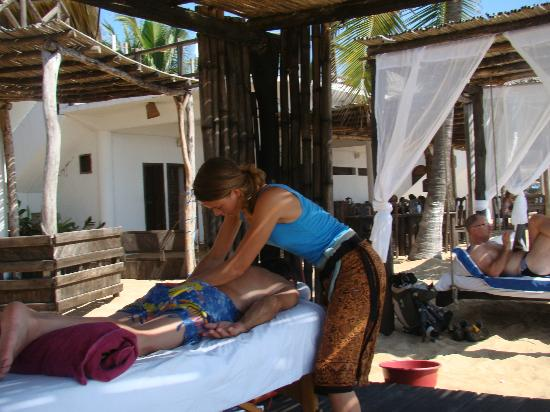 Hotel Nude Zipolite: Un relajante masaje