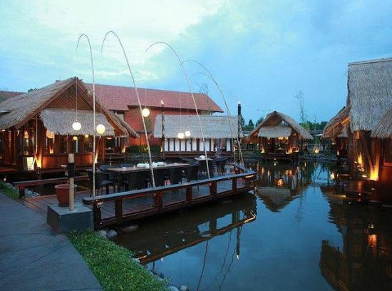 Talaga Sampireun Bintaro Jaya Jakarta Restaurant Reviews Phone