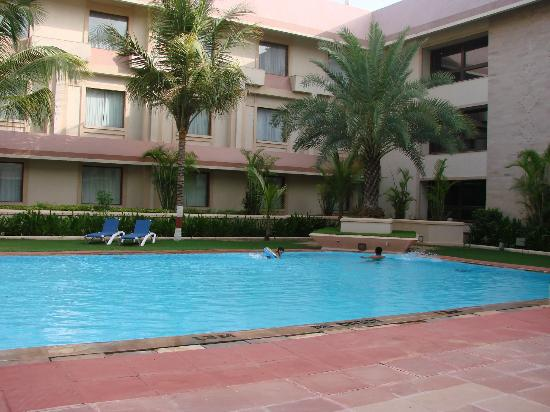 The Ummed Ahmedabad: pool