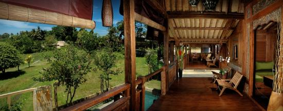 Stormrider Surfcamp Bali: Dreamland Suite Terrace