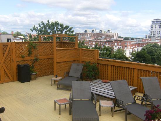 La Conciergerie : The rooftop sundeck