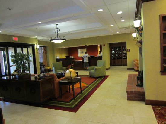 Homewood Suites by Hilton, Medford: Frontdesk