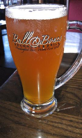 Bull & Bones Brewhaus & Grill: Strick's IPA, ... dry hopped, 75 IBUs, ... and so delicious!