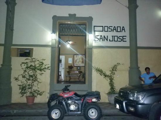 Posada San Jose: Entrada