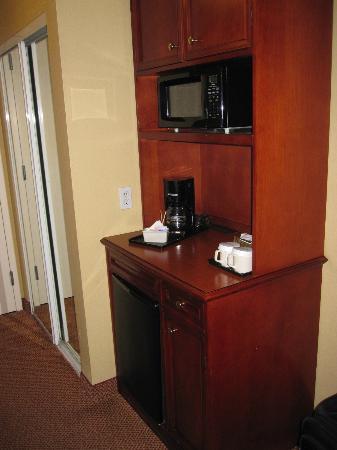 Hilton Garden Inn Arcadia/Pasadena Area: Microwave/Fridge