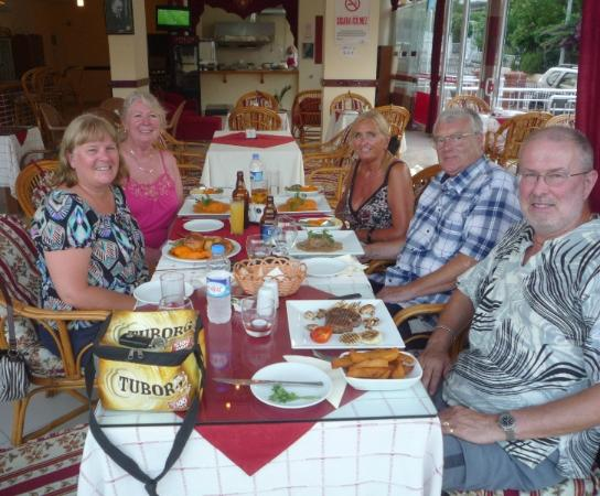 Martinos: Meal with friends (Tuborg cool bag for husband's diabetic pen)