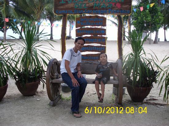 Sarangani Island: Me with Eman...