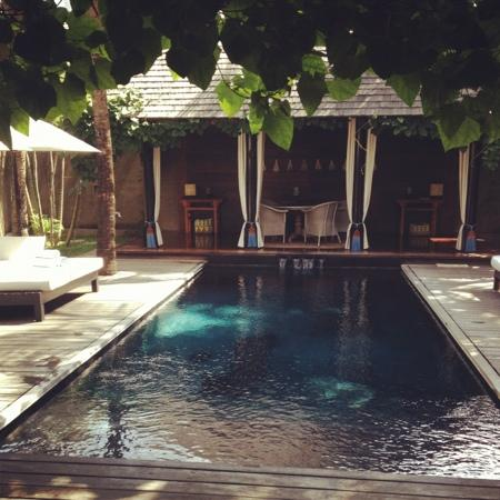 Villa Samuan : amazing pool