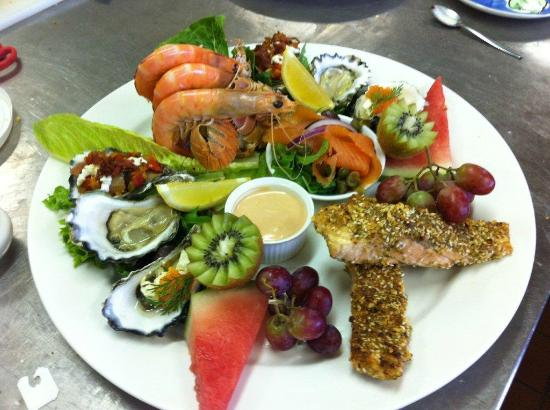 Australian Regional Food Cafe & Store : Seafood Grazing Platter - matched to Hunter White Wine