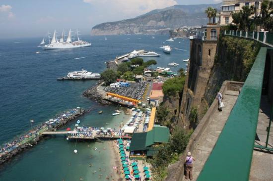Grand Hotel De La Ville Sorrento: The harbour area