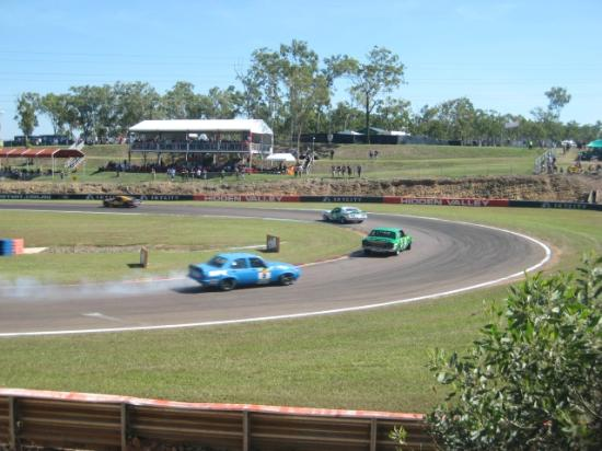 Hidden Valley Motor Sports Complex : V8s