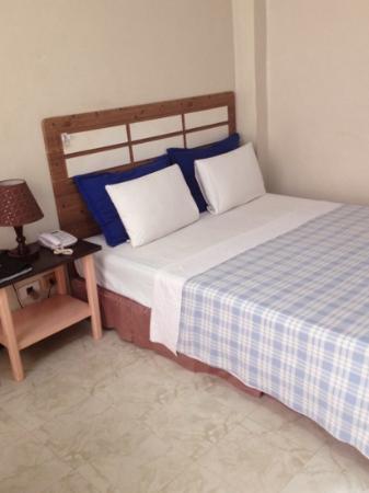 Inwangsan Hotel : quenn size bed