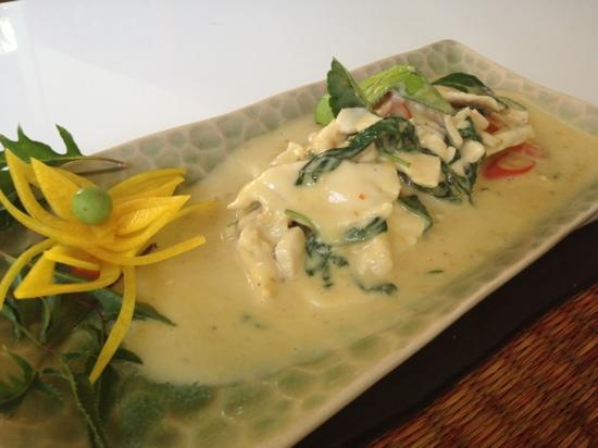 Nuch's Green Ta'lay Restaurant : phanang curry