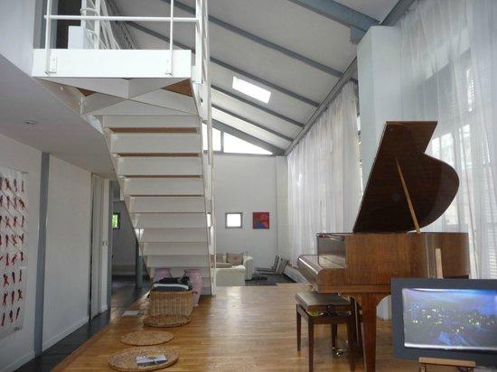 la maison de verre besancon france b b reviews. Black Bedroom Furniture Sets. Home Design Ideas