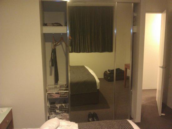 Park Regis Griffin Suites : Bed room