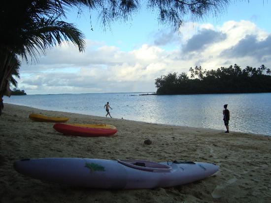 Tianas Beach Villas: The Beach right in front