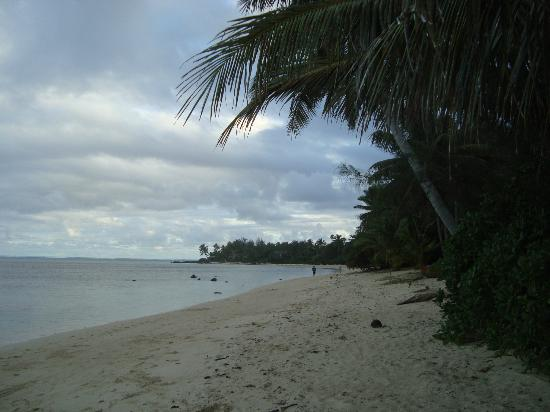 Tianas Beach Villas: The Beach in front of Tianas