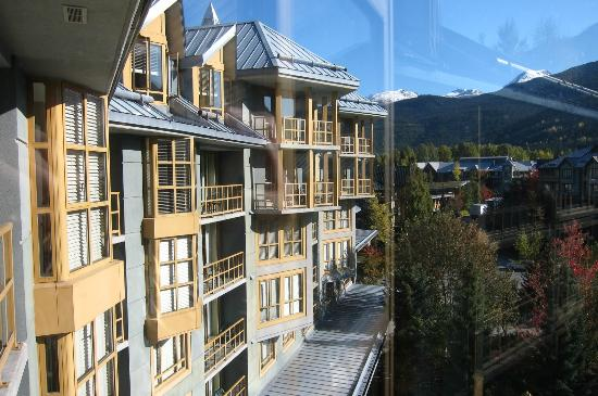 Whistler Cascade Lodge: the wiew