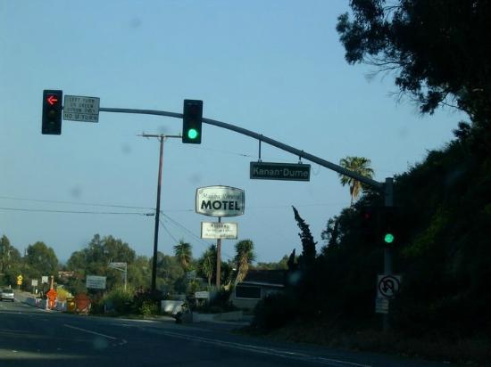 Malibu Riviera Motel: Motelansicht von vorne