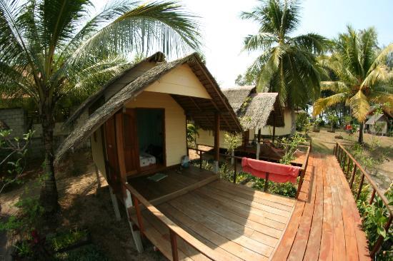 Seaside Cottages & Restaurant: cottages2