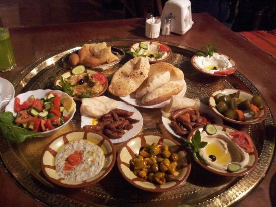 Tawaheen al-Hawa: Mezze