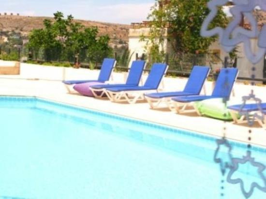 Hotel Beliz: Pool area