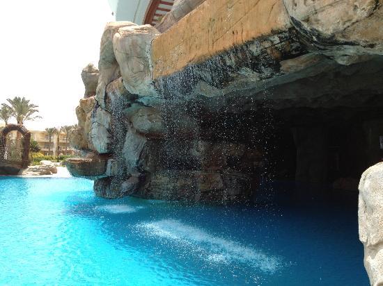Sentido Palm Royale Soma Bay: Grotta 2