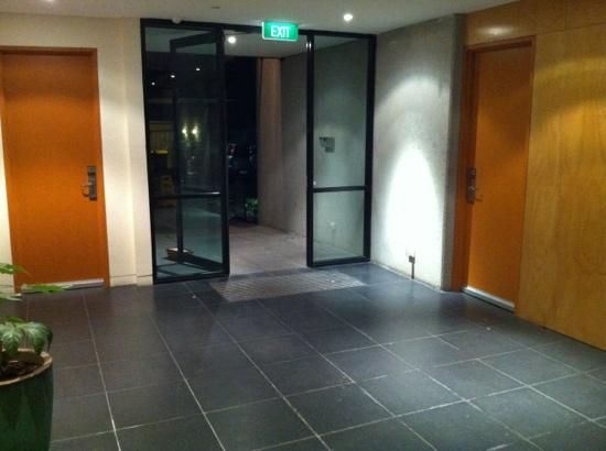 Phillip Island Apartments: Room Lobbies