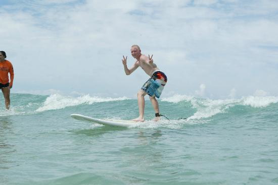 DCX Surf School: 17yr old 1st surfing with Erik
