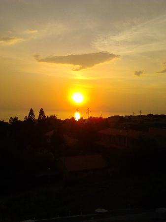 New Hotel Blu Eden: tramonto da veranda camera 105
