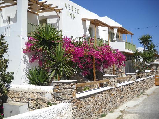 Aegeo Inn: Exterior of the Aegeo