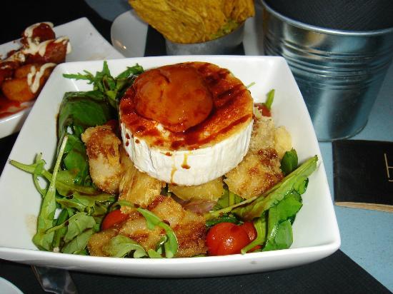 Bobo restaurant : ensalada de queso