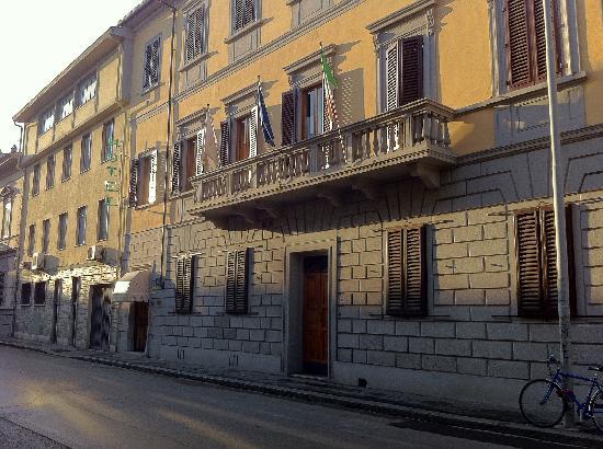 Hotel Leopolda: VEDUTA ESTERNA