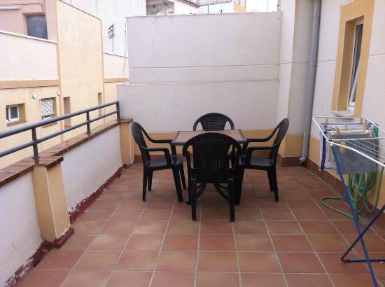 Hotel Irati: Large Balcony